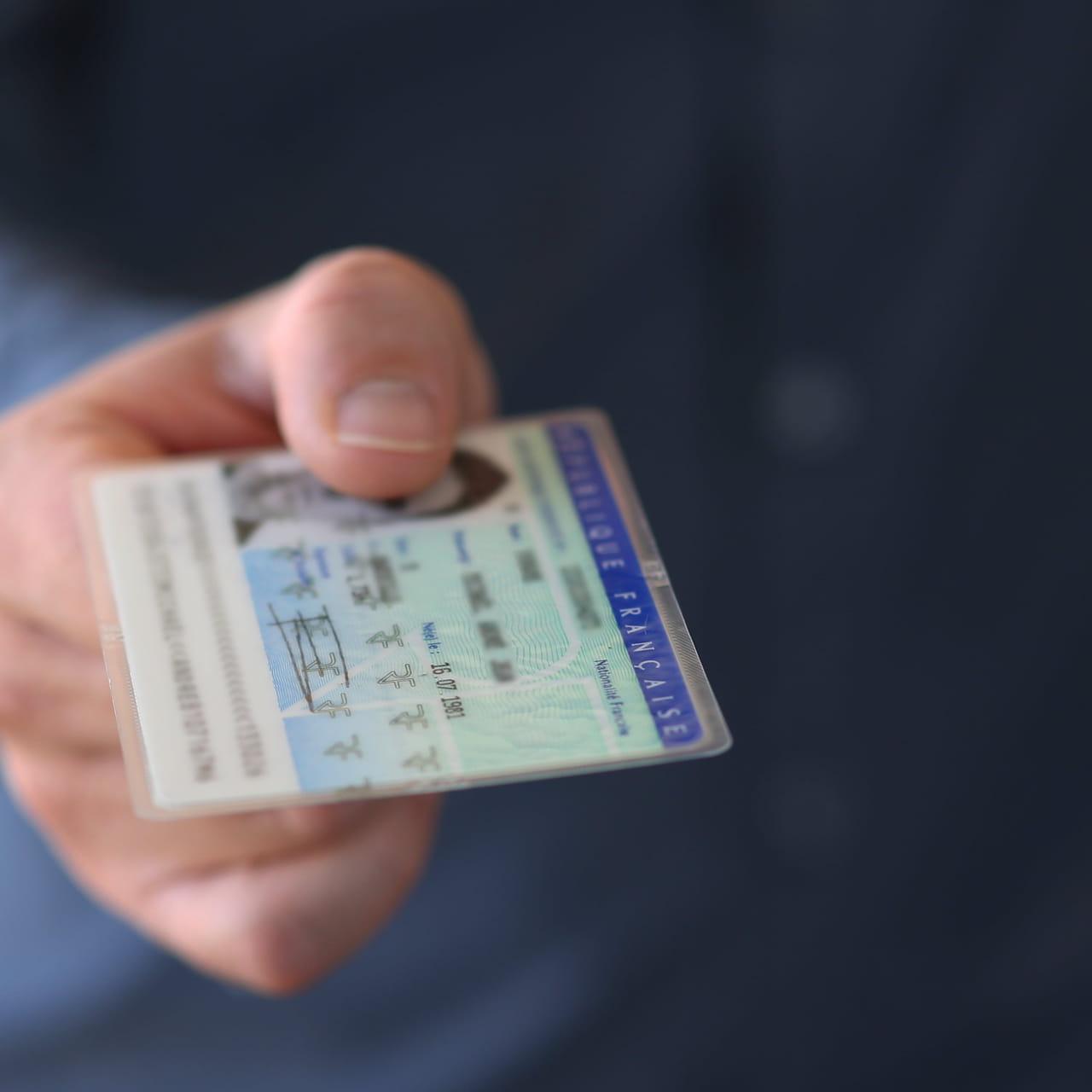 Modele Carte Identite Italienne.Validite Prolongee De La Carte D Identite Quelle Date