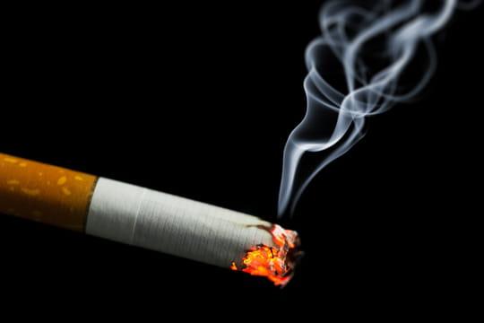 Prix du tabac: quels paquets de cigarettes changent de tarif cet été?