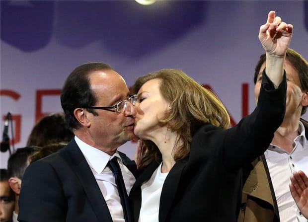 François Hollande embrasse Valérie Trierweiler