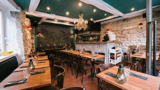 Restaurant : Le Grain de Folie Montmartre  - La salle -   © GDF Montmartre