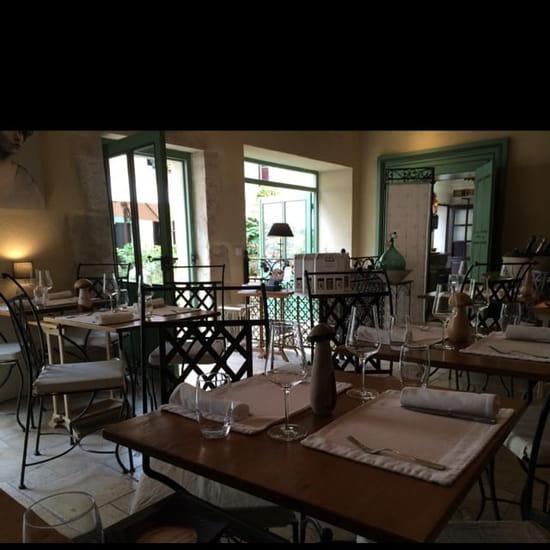 Restaurant : Les Millésimes  - Une des salles -