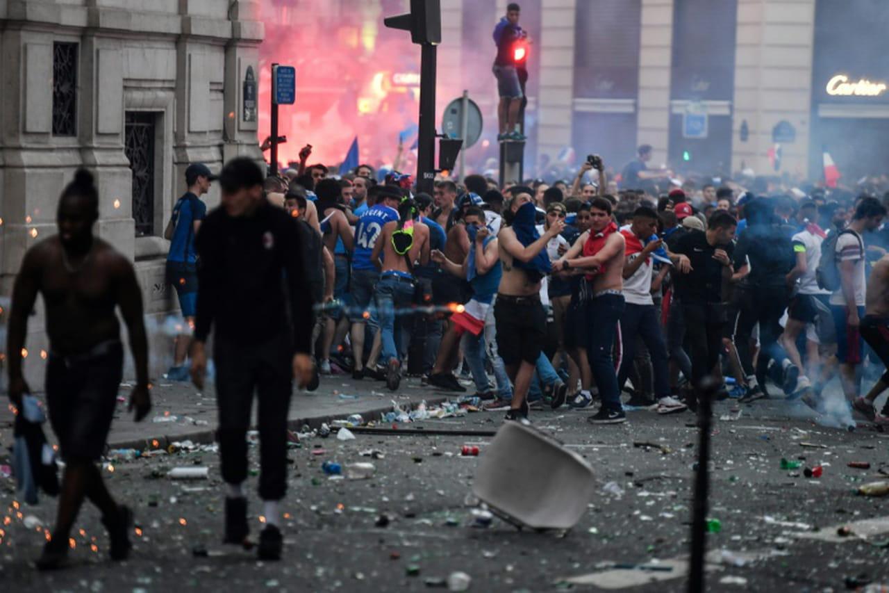 Finale du Mondial-2018: 292gardes à vue dans toute la France, dont 90à Paris