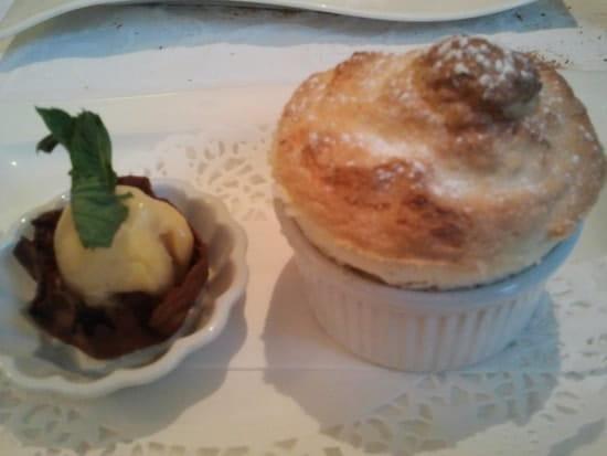 Restaurant La Table à Victor  - soufflé aux mirabelles -