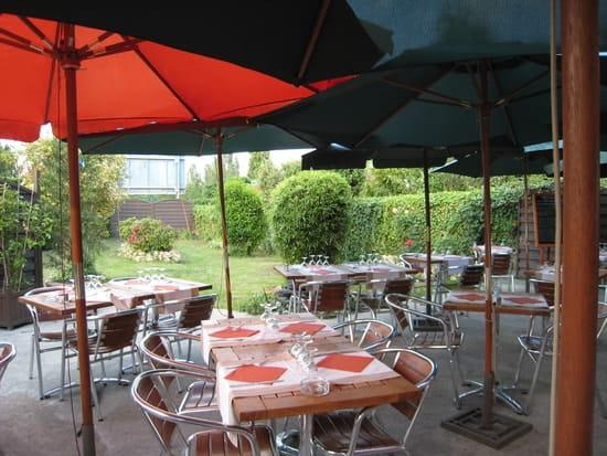 La Chalosse  - jardin terrasse -   © lionel