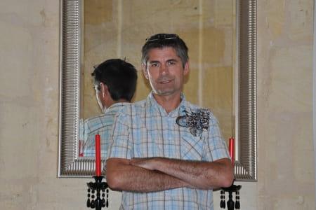 Bernard Cau