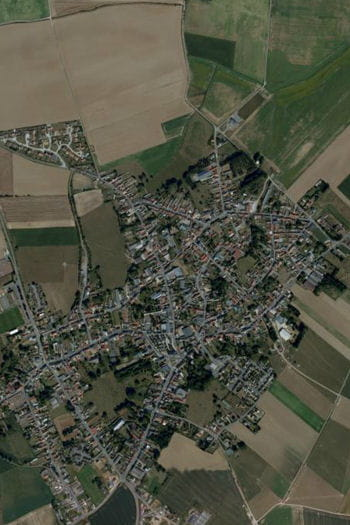 les habitants de la commune ont été très divisés par les phénomènes