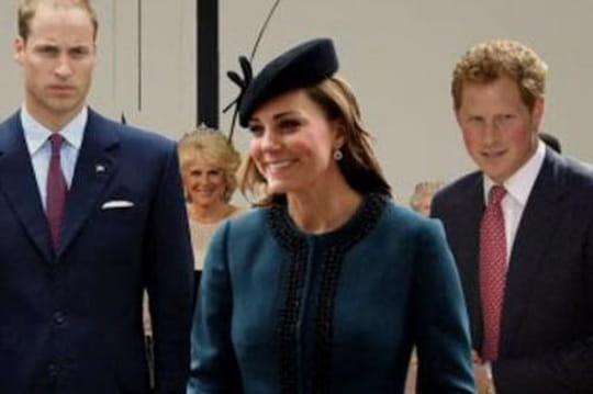 Bébé royal: qui sont lesparrains etmarraines duPrince George?