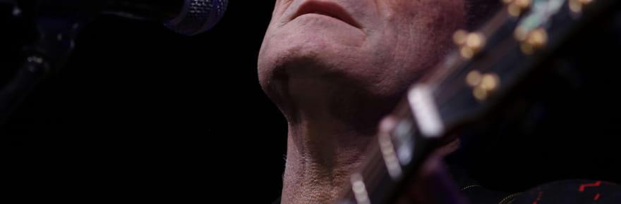 """Johnny Clegg: le """"Zoulou blanc"""", une vie de luttes en chansons"""