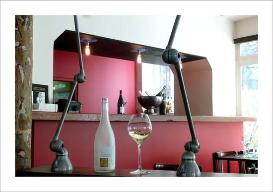 La Cantine  - Le bar -   © JCM