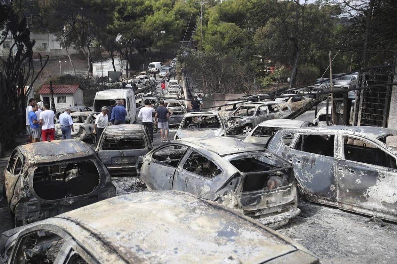 Au moins 50 morts dans des incendies près d'Athènes — Grèce