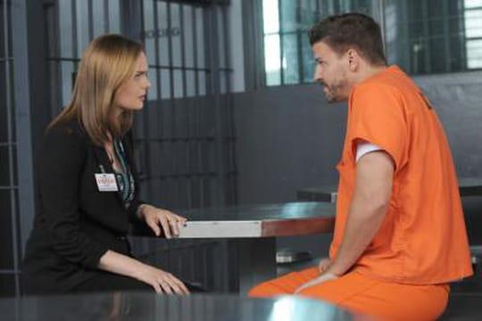 Bones saison 10: Booth va-t-il sortir de prison? [VIDEO]