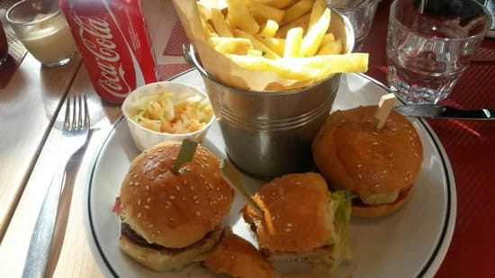 Plat : Studio 5 Bar & Burger  - Le trio -
