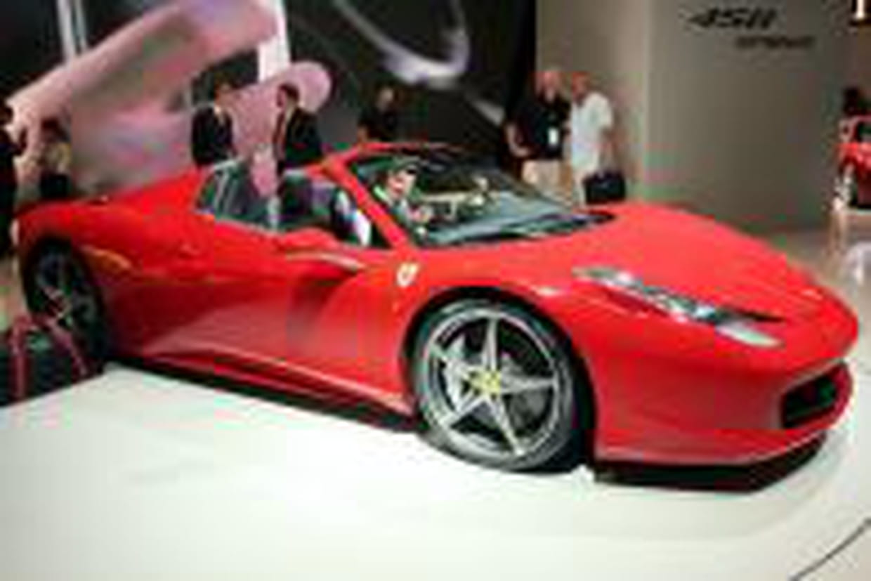 ferrari 458 spider son prix et celui de ses options. Black Bedroom Furniture Sets. Home Design Ideas