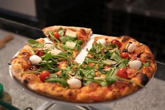 La Pausa  - Pizza Tricolore -