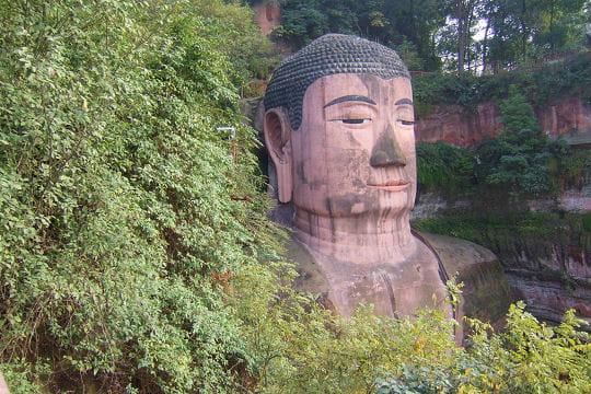 L'un des plus grands Bouddha du monde