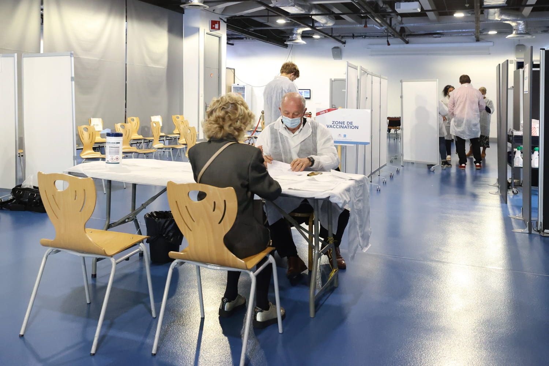 3e dose de vaccin Covid: bientôt intégrée au pass sanitaire?