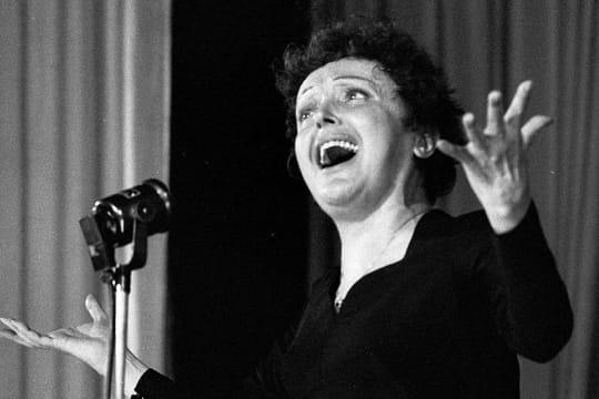 Edith Piaf: biographie de la Môme de la chanson française