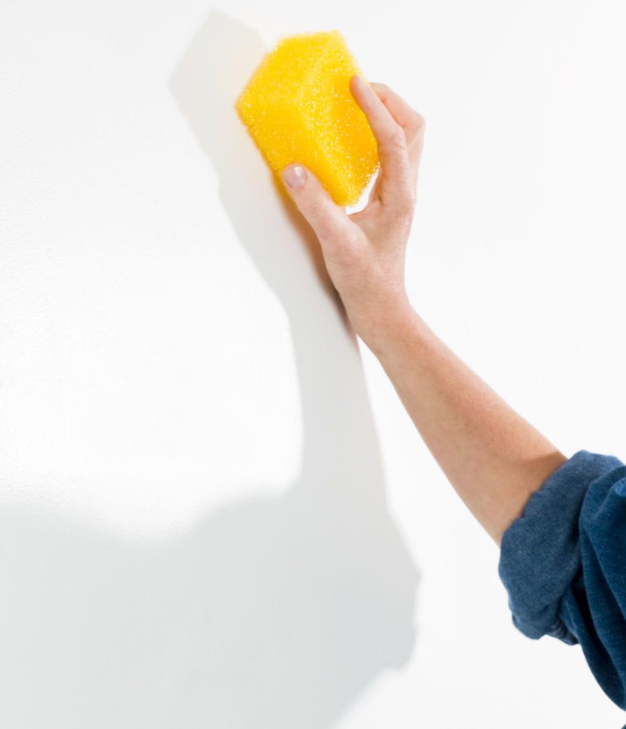 Lessiver Un Mur Avant Peinture repeindre son intérieur : les bons réflexes
