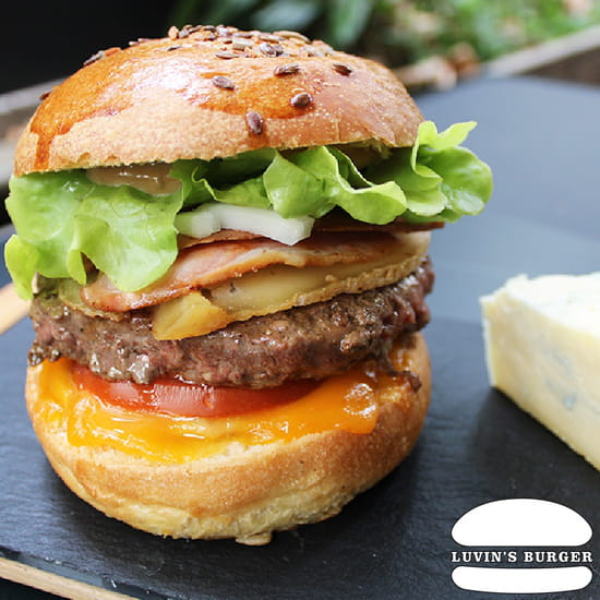 Plat : Luvin's Burger  - Burger – L'Impackt -   © Luvin's Burger