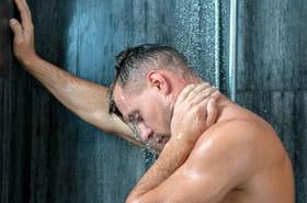 Il reste huit heures bloqué dans sa salle de bain avant de pouvoir appeler SOS médecin