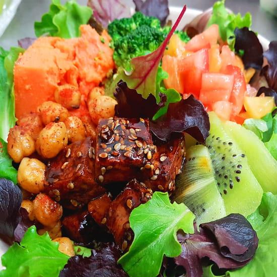 Plat : Révélant  - Salade Vegan -   © 2020