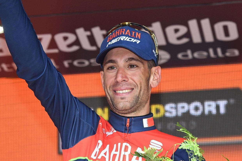 Vuelta: Froome chute deux fois mais sauve son maillot de leader