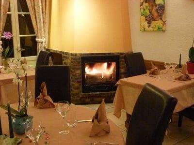 Restaurant le Morgon  - amabiance cheminée en hiver -