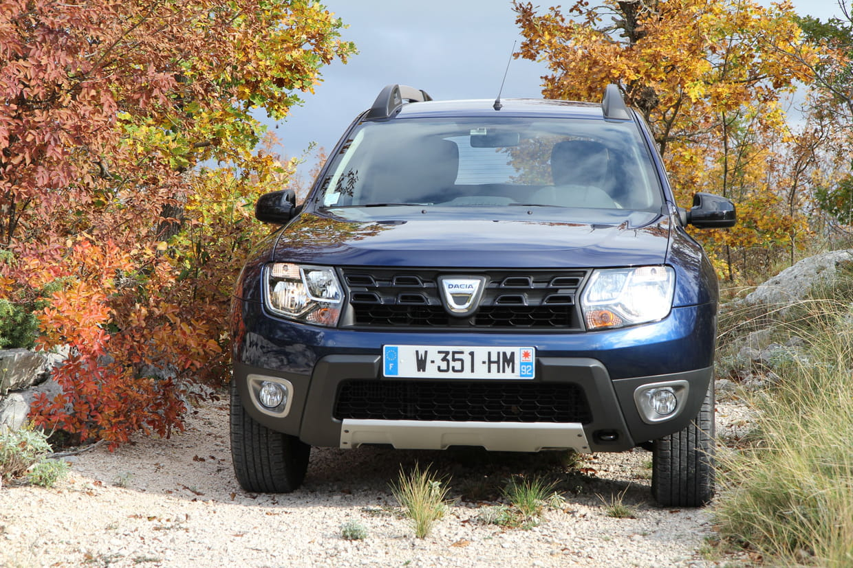 dacia duster le nouveau duster arrive photos prix dates. Black Bedroom Furniture Sets. Home Design Ideas