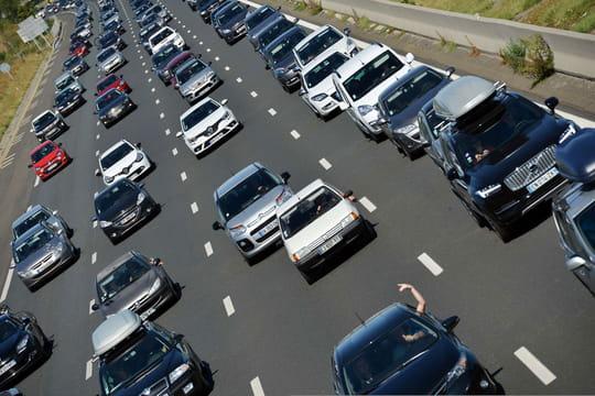Bison Futé: des bouchons pour un samedi 19août noir sur les routes, toute l'info trafic