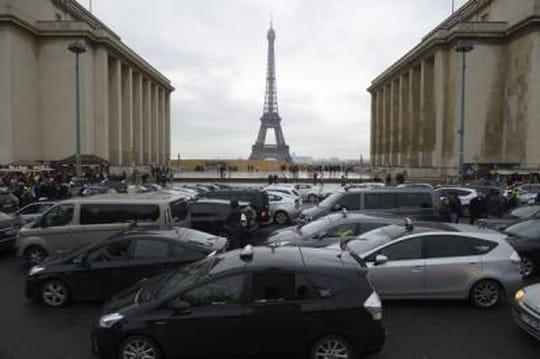 Trocadéro évacuée: des touristes ont donné l'alerte [VIDÉO]