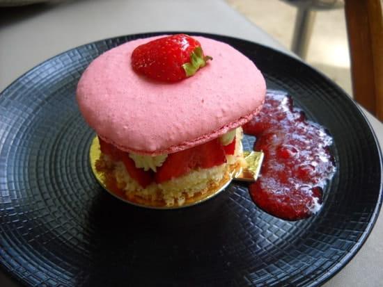 La Treille  - Macaron fraises -   © MORON Raphaelle