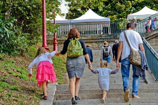Enfants recueillis, enfants de son conjoint en union libre: comment les déclarer?