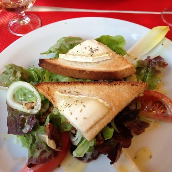 Entrée : La Provençale  - Salade chèvre du menu à 13€30 -