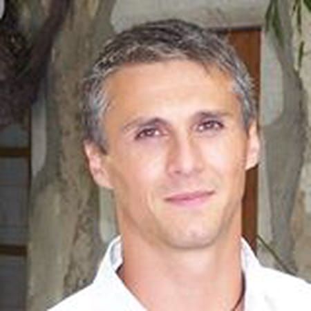 Douglas Delayen