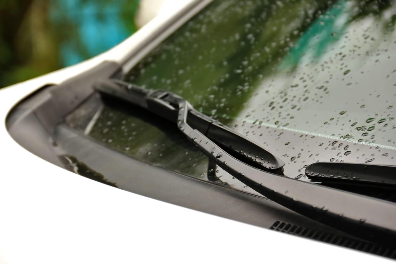 Opel Astra J berline Bosch Aerotwin Avant Fenêtre Pare-brise Balais d/'essuie-glace