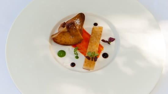 La Réserve au Pavillon du Château Raba  - escaloppe de foie gras du perigord, piquillos, croque volaille -