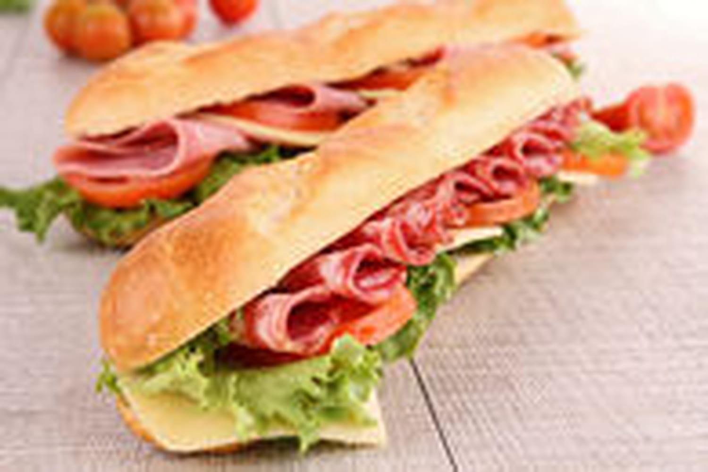 Honneur au sandwich dans la ville de... Sandwich!