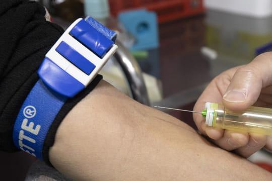 Dépistage du coronavirus: quels sont les bénéficiaires des tests sérologiques remboursés?