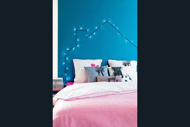 une t te de lit lumineuse. Black Bedroom Furniture Sets. Home Design Ideas
