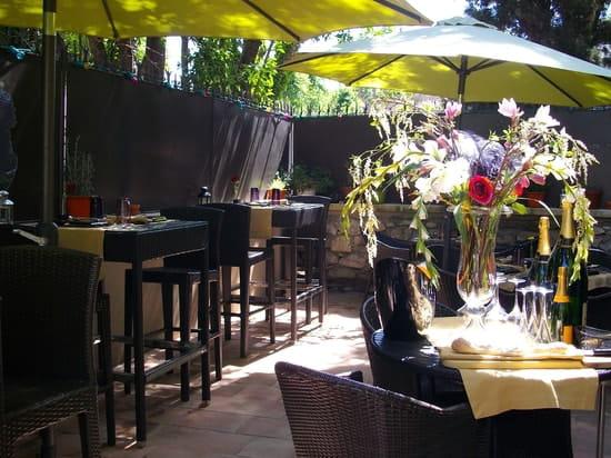 Meo  - Terrasse du restaurant -