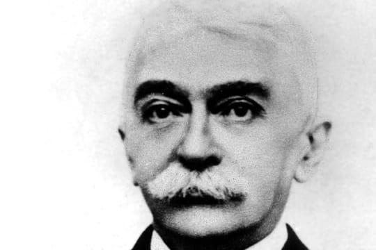 Pierre de Coubertin: biographie du père des Jeux Olympiques modernes