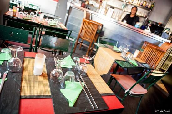 Restaurant sur la Place  - Restaurant -   © Yorik Canet