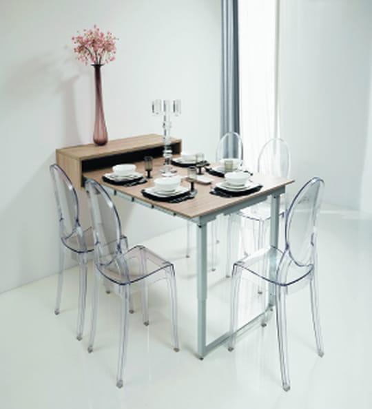 une table d pliante murale. Black Bedroom Furniture Sets. Home Design Ideas