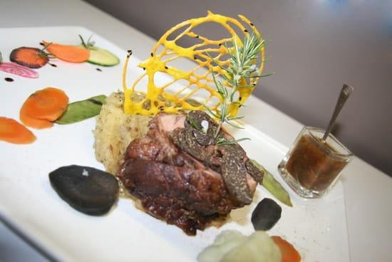 Restaurant le Safran Trets  - Agneau farci au foie gras, et copeaux de truffes noires -   © M. TAUPINARD (MEVIM)