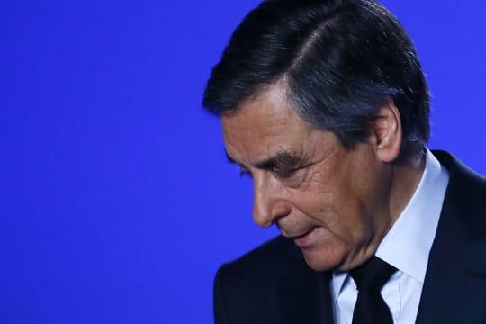 Affaire Penelope Fillon: François Fillon pris en flagrant délit de mensonge