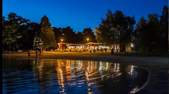 Restaurant : Les Voiles du Lac  - le restaurant de nuit -   © les voiles du lac