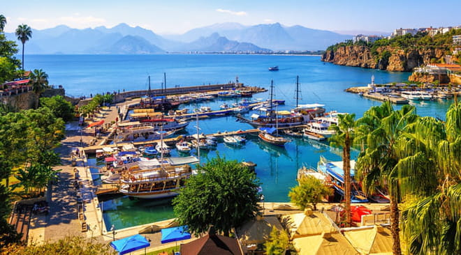 Antalya: lieux incontournables à visiter, bons plans, restaurants, plages, météo, le guide