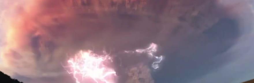 Patagonie : un orage volcanique spectaculaire filmé au Chili [VIDEO]