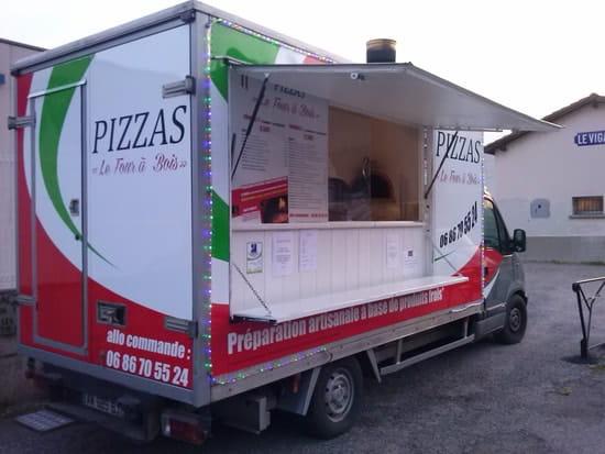 Pizzas le Four à Bois