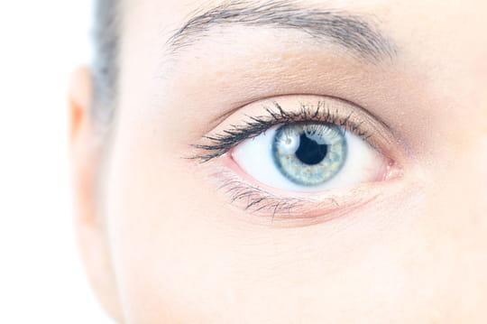 Comment créer un reflet dans les yeux ?